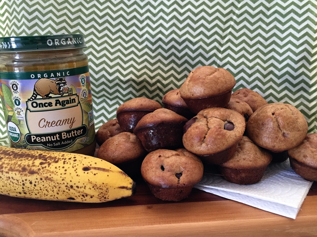 PB and Banana Mini Muffins: Nutrition on the Go! How to make muffins with ablender.